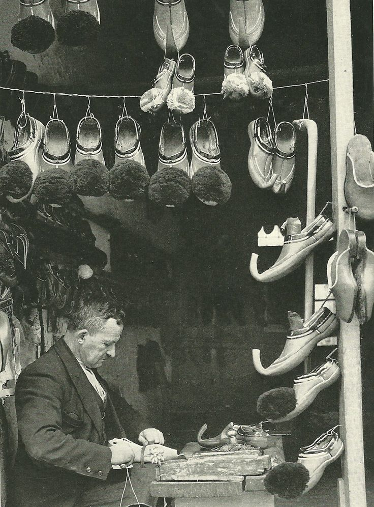 Ioanninan shoemaker making slippers in Athens, Greece National Geographic | March 1940, #solebike, #Athens, #e-bike tours