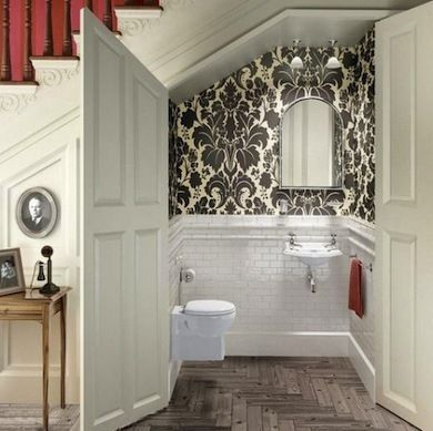 11 Tiny Bathrooms We Love