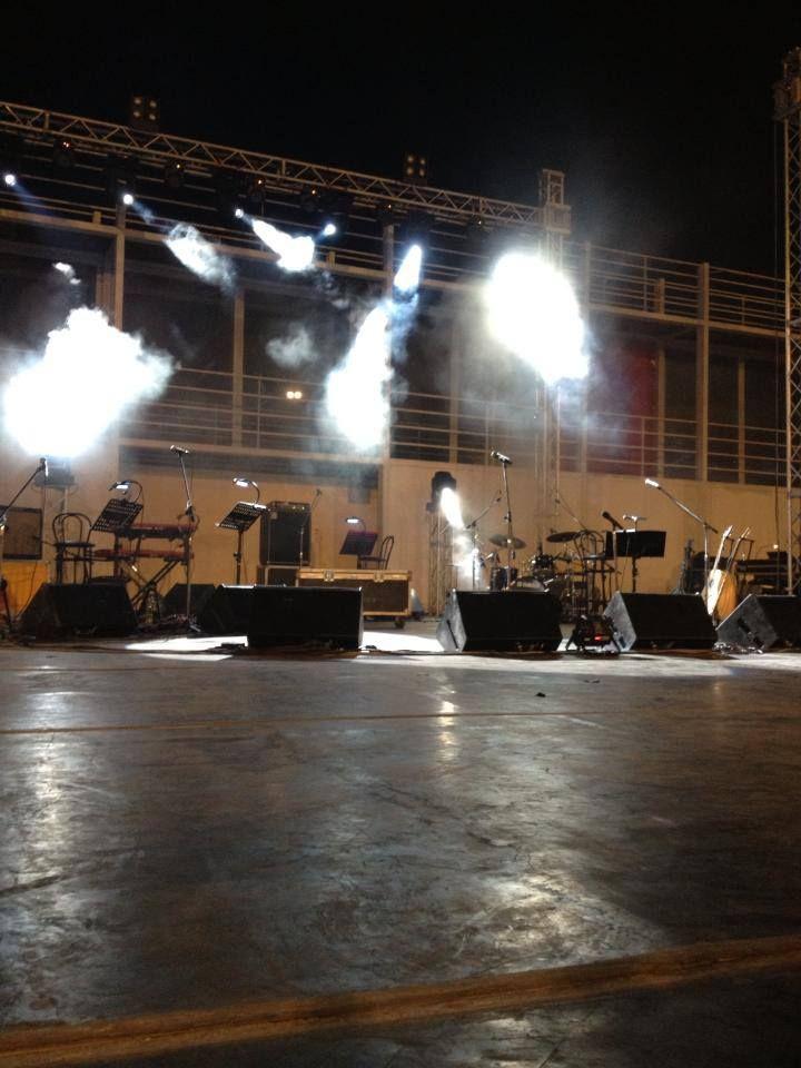 Σε αναμονή!!! (Βεάκειο Θέατρο - 3 Σεπτεμβρίου 2013) #eleonorazouganeli #eleonorazouganelh #zouganeli #zouganelh #zoyganeli #zoyganelh #elews #elewsofficial #elewsofficialfanclub #fanclub