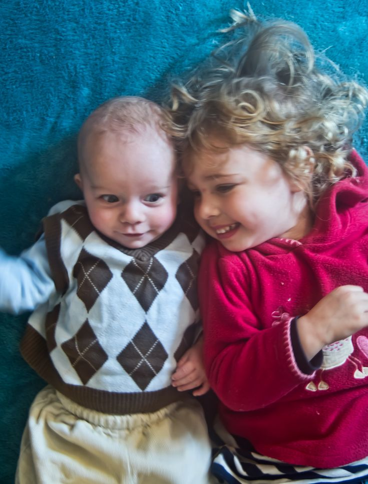 tips for praying with toddlers and babies, creative, simple, inspiring