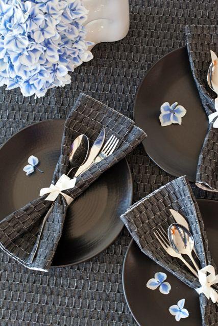 Ready for a summer dinner! Dark grey tablecloth + doublesided dark grey/light grey tablemats. Design: Monika Järg. Picture by: Rita Assor.