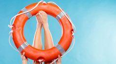 Verfärbte Nägel, Pickel, Grünstich im Haar - Sommer-SOS: Sofort-Hilfe bei Beauty-Pannen