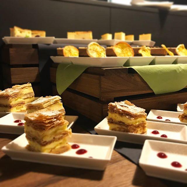 The best dessert(cream cake) ever / Krémes ... eszméletlen finom #fivesneakers #wecollectmemories