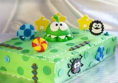 Бисквитно-шоколадный торт для ребенка с фигурками из мастики