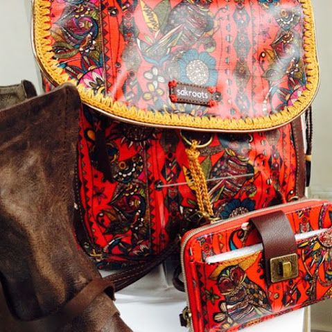 Get in store now the beautiful #Sakroots Come and see our range of #handbags and #wallets !