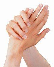 Recettes maison pour avoir de belles mains Recette de soin pour fortifier les ongles