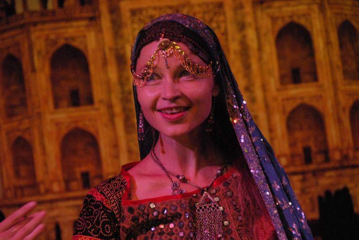 Authentic folklor dances of Nord India - Sapera Kalbeliya  dancer: Markéta Fránová