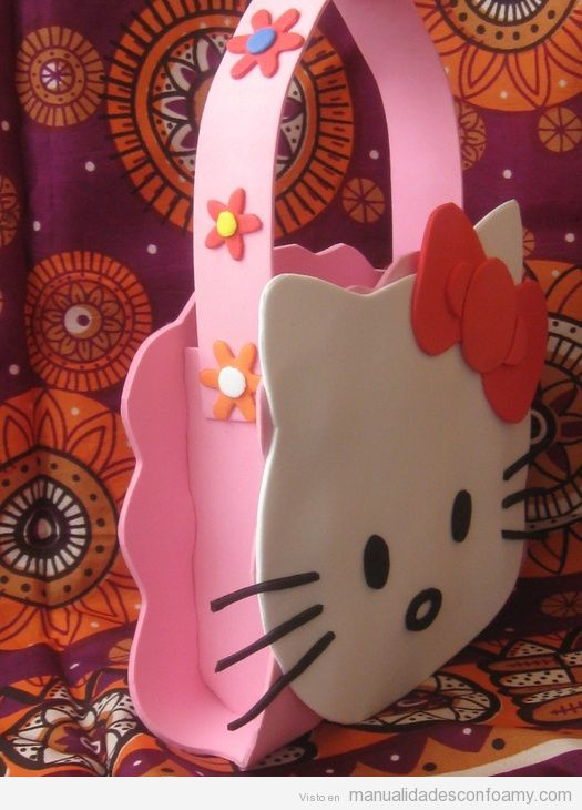 Bolso de Hello Kitty hecho con foamy - Just the idea, no tutorial. X