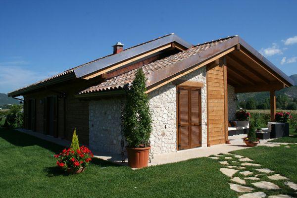 Oltre 25 fantastiche idee su case in legno su pinterest for Piani di casa di lusso con costi da costruire