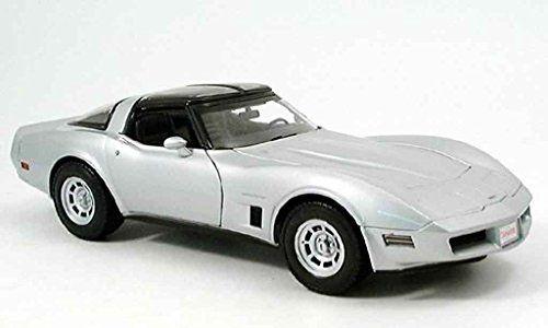 1982 Chevrolet Corvette Silver 1/18 by Welly 12546:   1982 Chevrolet Corvette Silver 1/18 by Welly 12546