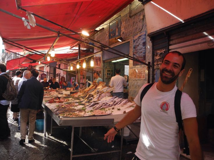 #foodtours through the street markets of Palermo.The itinerary includes several stops at bakeries,street vendors and old inns to taste the street food & wines facebook.com/streatpalermo twitter @Streat Palermo Tour #streetfood cibo di strada