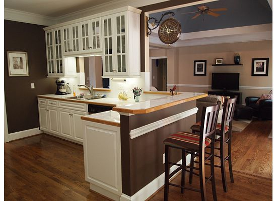 kitchen wall color inspiration- saddle brown walls, since my