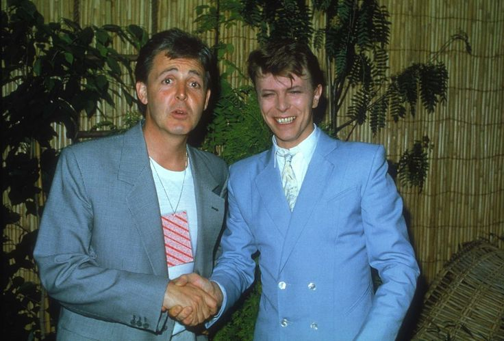 Ziggy Stardust and the spiders from mars — David and Paul McCartney live aid 1985