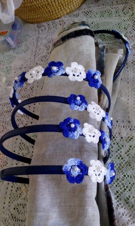 Headbands. Cintillo con flores a crochet
