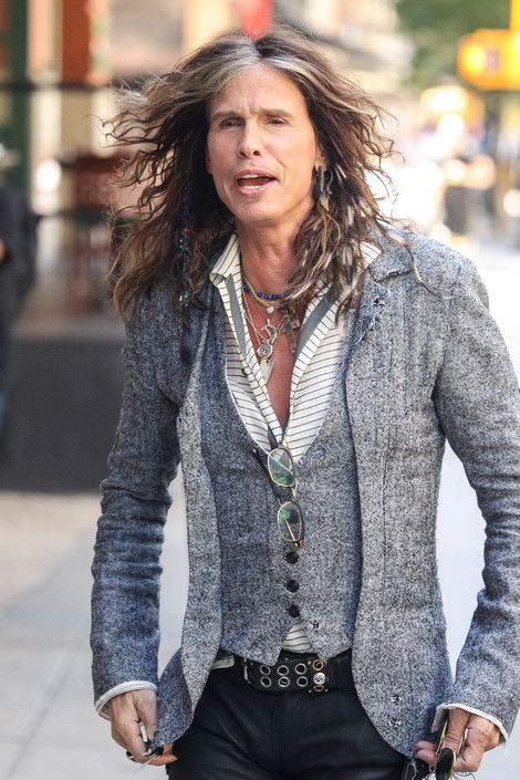 steven tyler images | Steven Tyler rocks out in Rome