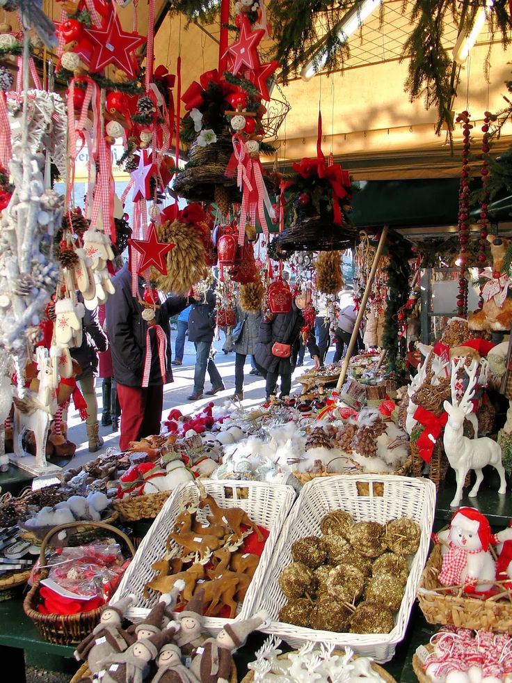 More festive decorations at Salzburg Christmas Market #EuropeanChristmasMarkets #holidayshopping #travel