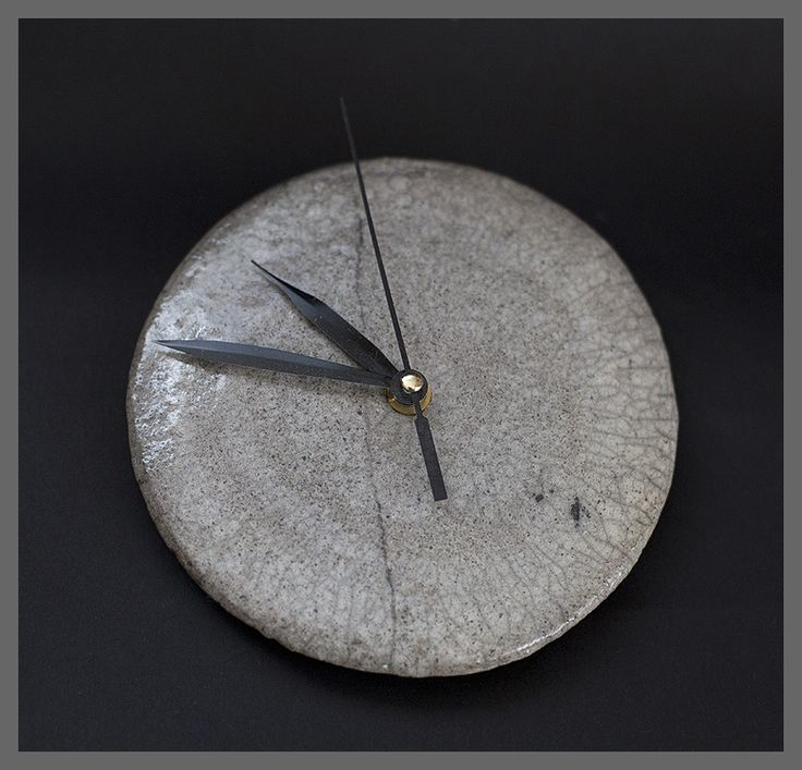 Sylwia Łabaj - ceramic clock, raku, diameter about 15cm
