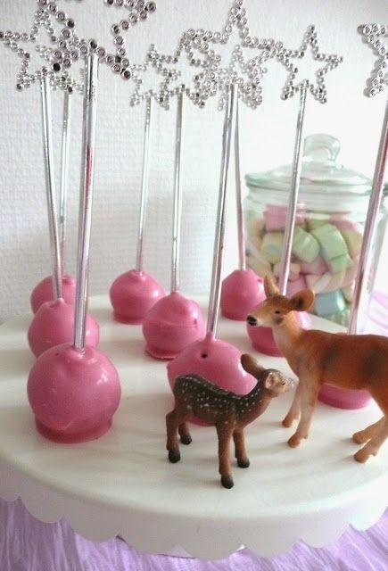 De Verleidelijke Tafel: Een sprookjesachtig feestje voor mijn kleine prinsesje