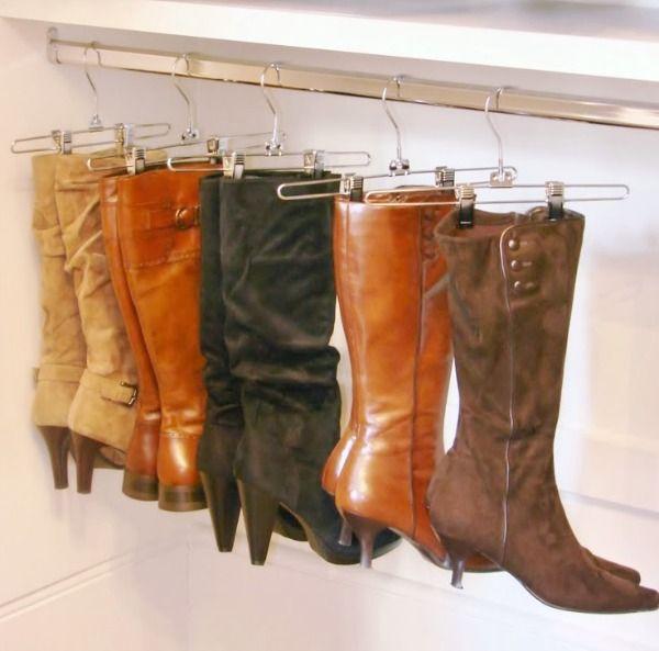 laarzen-opbergen: ophangen houdt ze mooi in vorm