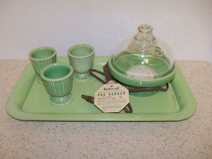 Vintage MIdcentury Hankscraft ceramic egg cooker with 3 egg cups [Wow, never knew about egg cookers!]