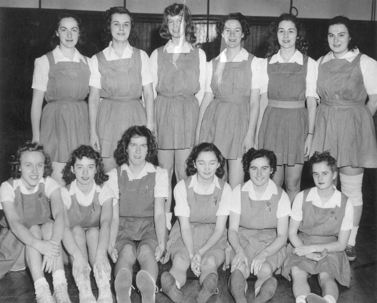1946 Women's basketball team