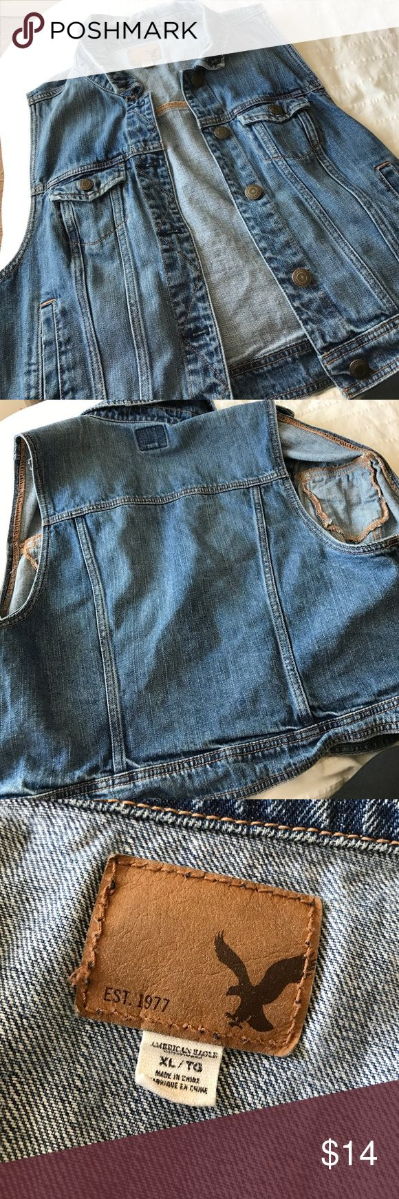 AE Sleeveless Denim Jacket Rarely Worn denim Jacket / perfect for layering American Eagle Outfitters Jackets & Coats Jean Jackets