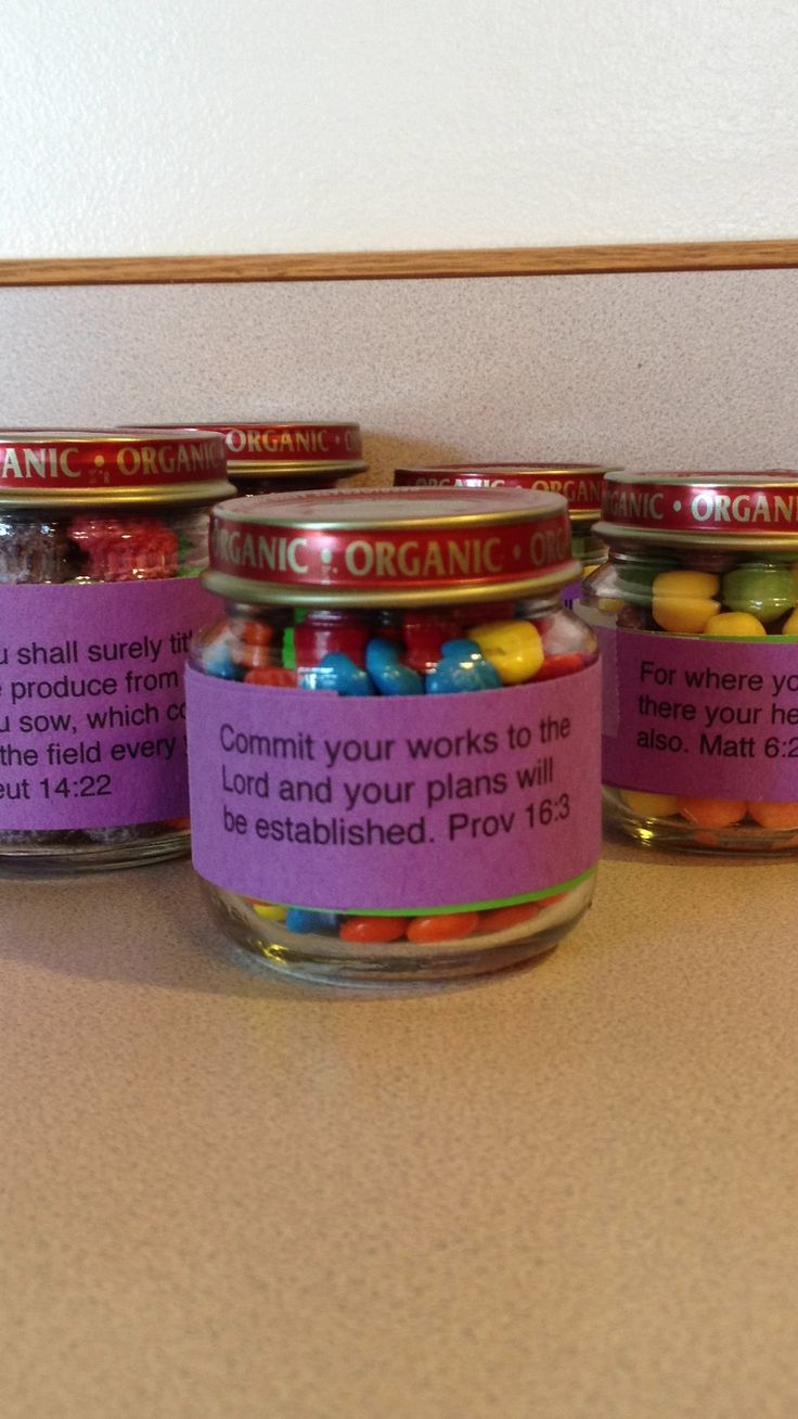 Recycle Your Baby Food Jars Add Ms Or Skittles Wrap With A Scripture
