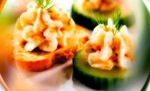 Эликсир молодости: Канапе с маслом из копчёного лосося