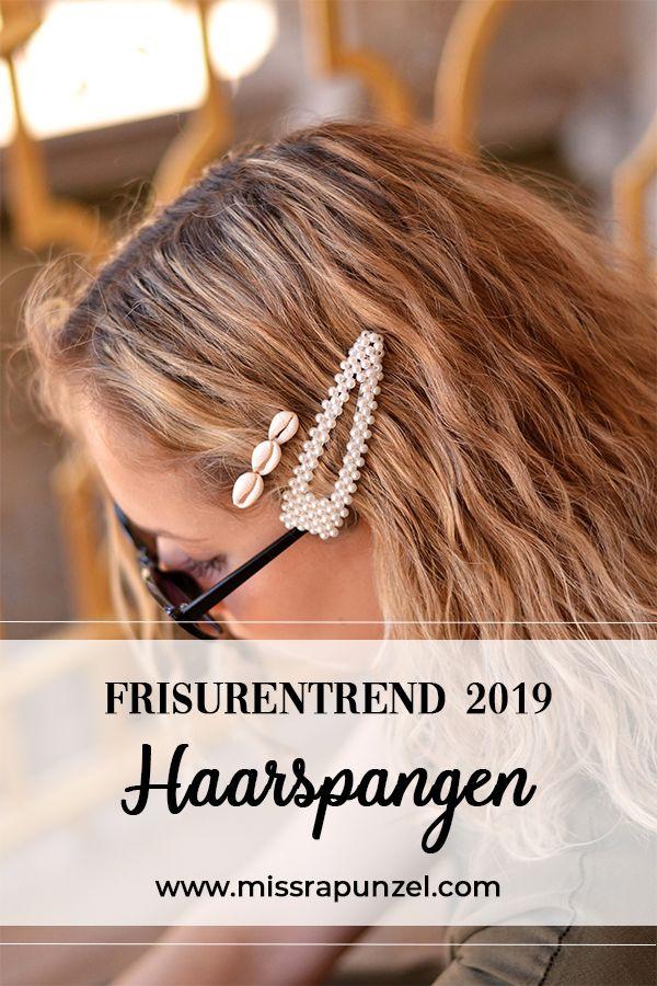 Der Frisurentrend 2019 Haarspangen So Stylst Du Sie Richtig Haarspangen Frisuren Trend Frisurentrends