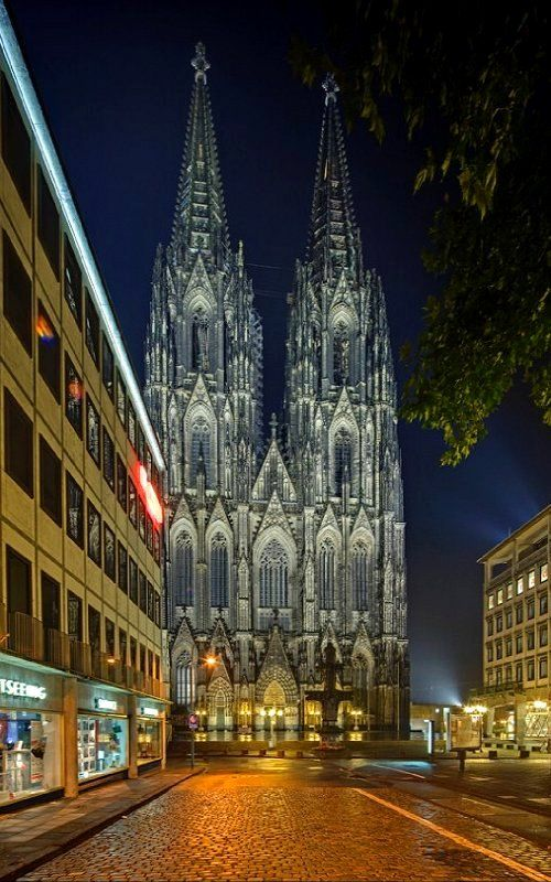 Cologne Cathedral (Kölner Dom) - Cologne, Germany | by Sadegh Miri