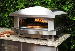 Kalamazoo has taken all of the best features and cooking characteristics found in traditional brick-lined, large, wood-fired pizza ovens and wrapped them in an elegant gas-fired stainless steel package