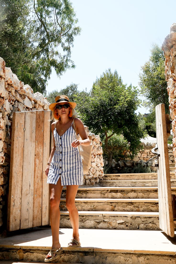Happy Last Moments in Greece | Fashion Me Now