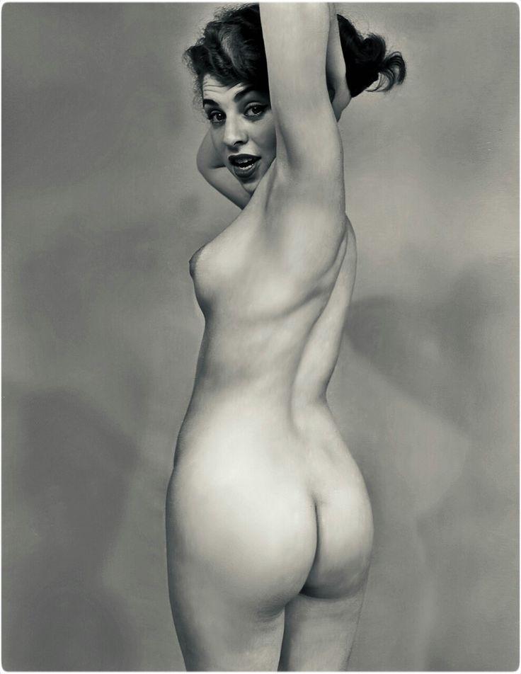 Viola vintage nudes — pic 12