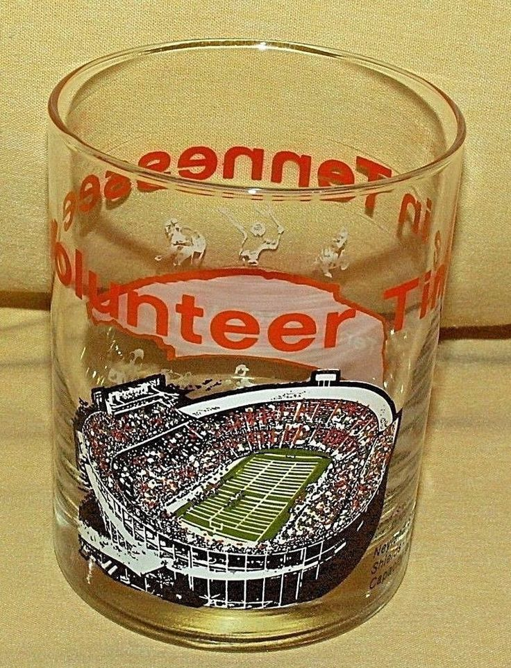 UNIVERSITY TENNESSEE GLASS VOLUNTEER TIME NEYLAND STADIUM SHIELDS WATKINS T-CLUB #TennesseeVolunteers