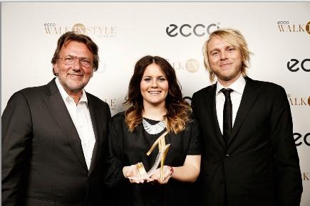 Julia Mjörnstedt Câţtigă Premiul ECCO Walk in Style 2013. Felicitări!!!! Mai multe detalii: http://ecco.com/walkinstyle