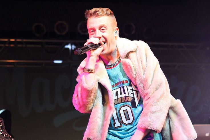 5 entertainment business updates: theSpotify and Warner deal, Universal's 3 TV series, Benny Andersson and Macklemore's new albums, and Paramore's UK tour.