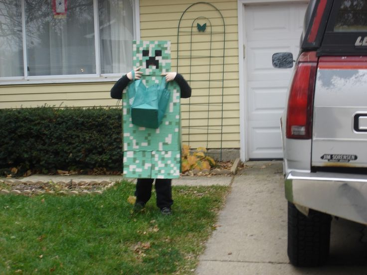 Minecraft Creeper Halloween Costume