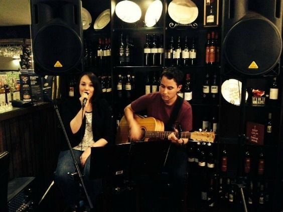 Jas and Josh perform live at Trentham Restaurant on the 16th November