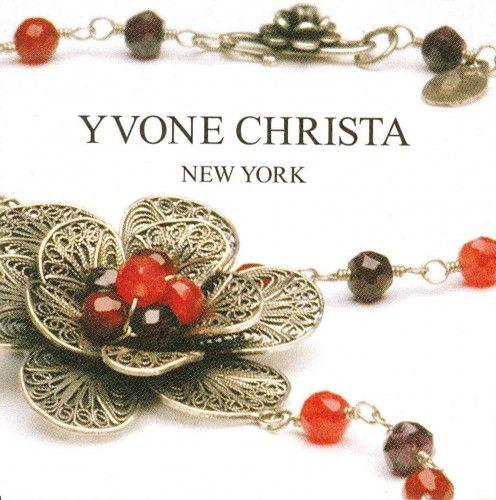 Yvone Christa presenta Flowers la nuova collezione dal design esclusivo