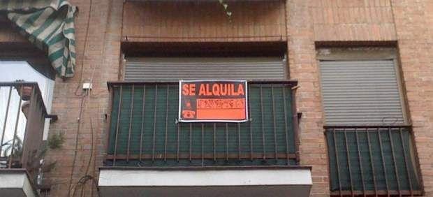 La Ley de Desindexación de la economía española, que ha entrado en vigor, y que desliga numerosos precios públicos y privados de la inflación, tiene que ser desarrollada por un decreto para clarificar las condiciones en que arrendador y arrendatario…
