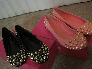 Studded flats: Other Woman, Woman Shoes, Women Shoes, Shoes Whore 3, Womens Shoes, Flats, Shoes Obsession, Major Shoes, Shoes Shoes