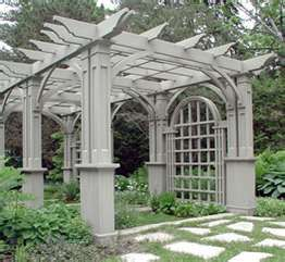 Chunky pergola with a formal look