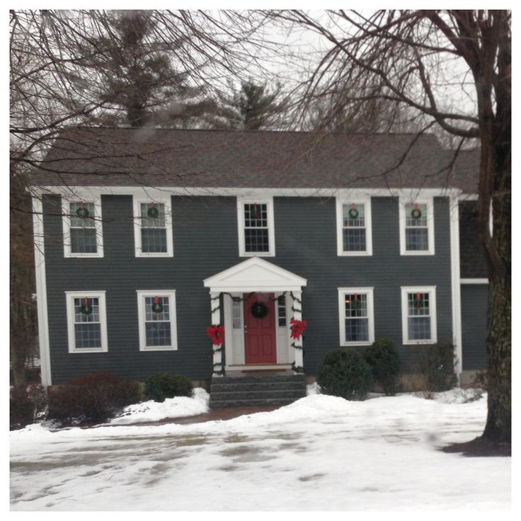 Colonial Home New England Paint Color Ideas Center Entrance And We Ll Make Our In The American Land