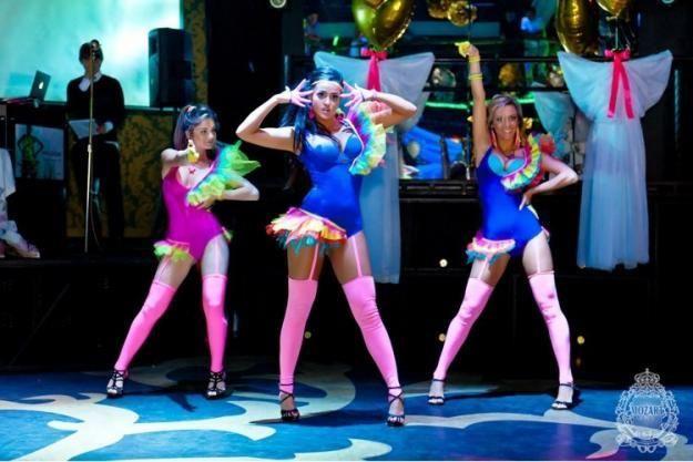 Костюмы дя танцев в ночных клубах