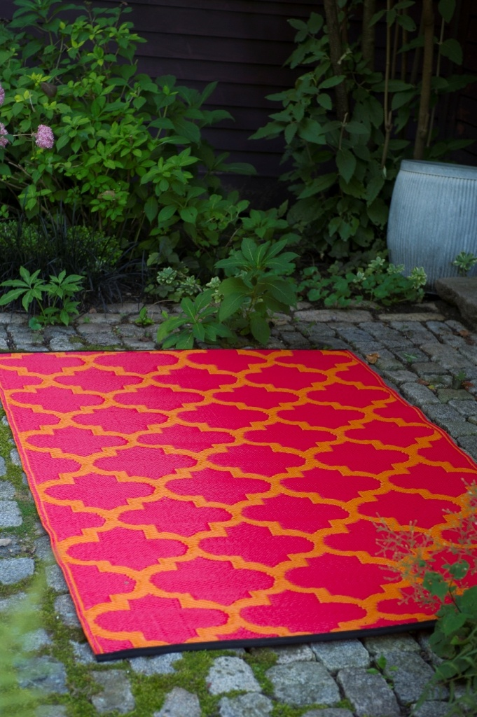 Fab Habitat Recycled Plastic Rug Indoor Outdoor Tangier Orange Rouge