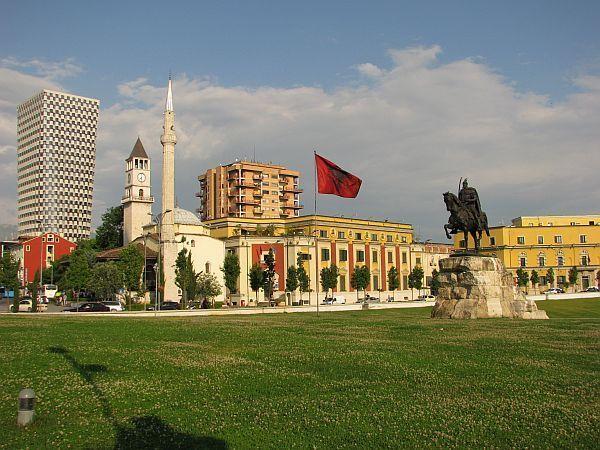 albania tirana skandeberg 1 fot krzysztofmatys