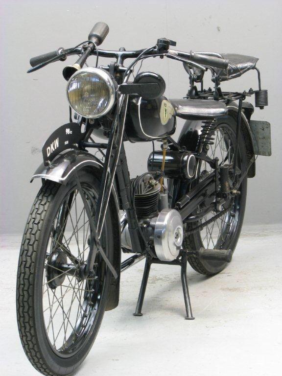Afbeelding van http://www.yesterdays.nl/images/DKW-1938-RT-GtM-6.jpg.