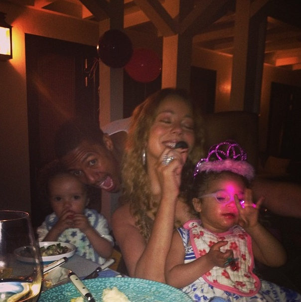 Mariah Carey, Nick Cannon Have Fun for Easter with Kids