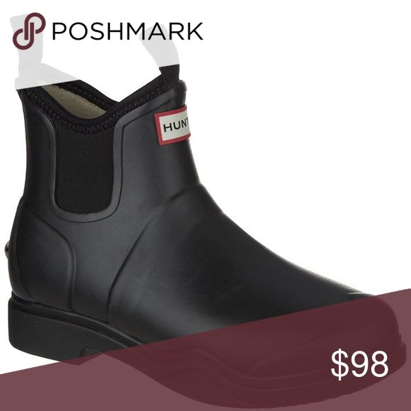HUNTER- Balmoral Equestrian Short Neoprene Boot Worn once. Flawless Hunter Boots Shoes Winter & Rain Boots