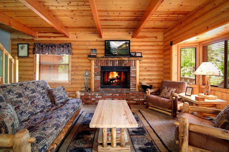 Log cabin coziness in the beautiful mountain resort